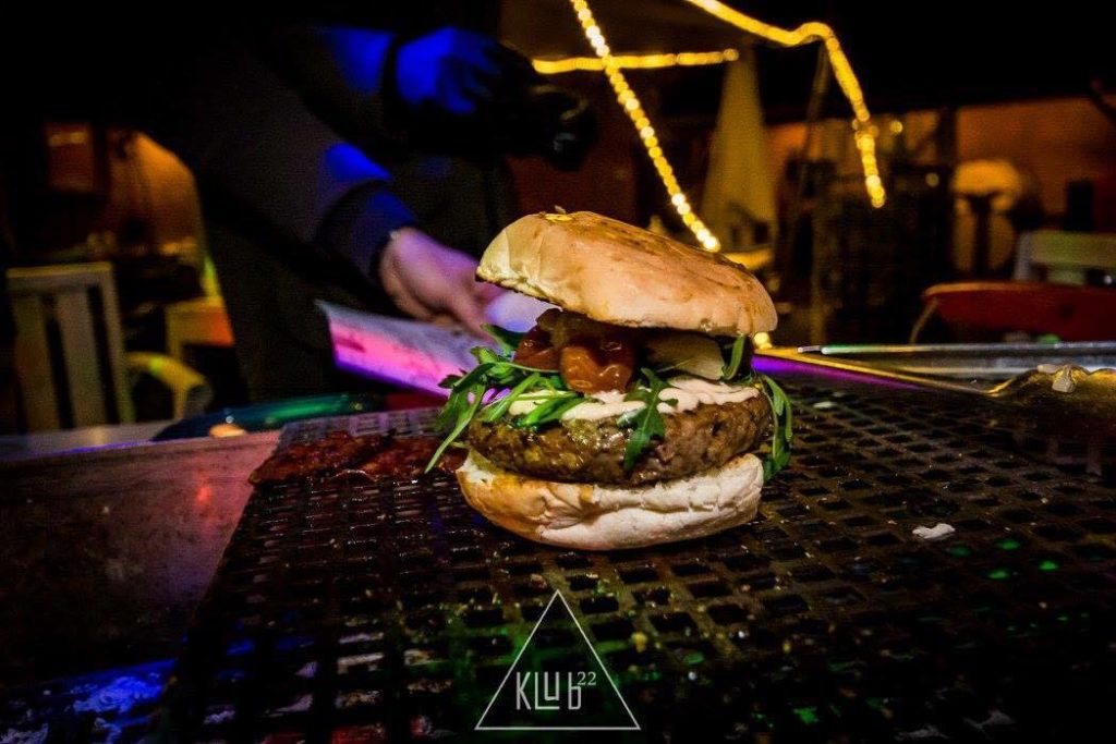 BBQ foodtruck - The Flame 'N GO