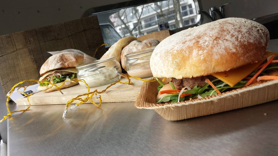 foodtrucks met super originele namen - Boppin Burgers