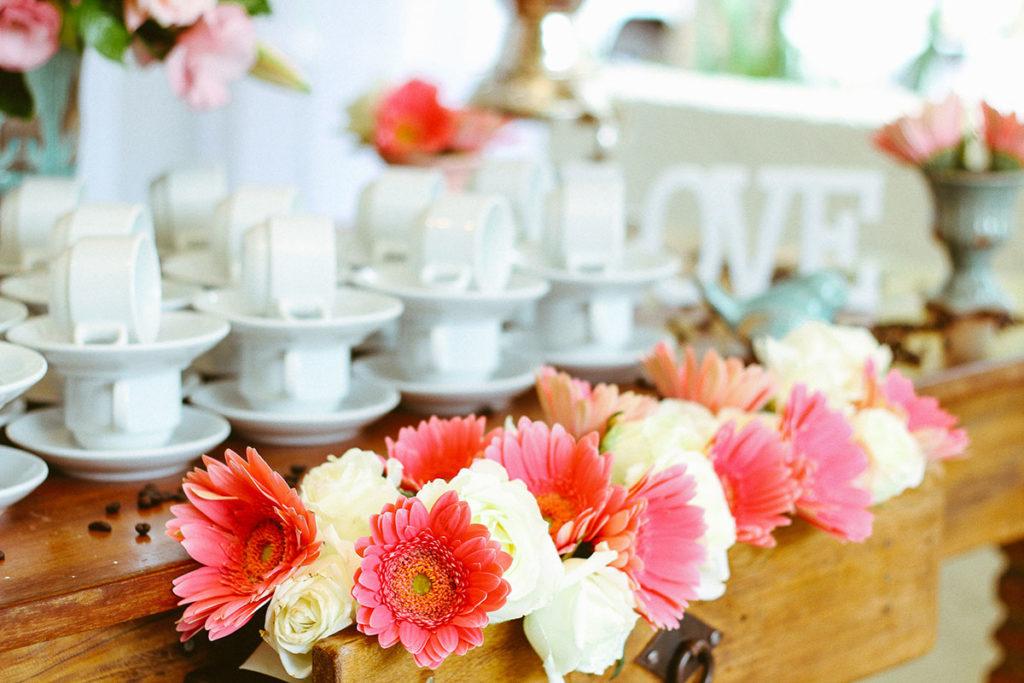 tuinfeest met foodtrucks versiering