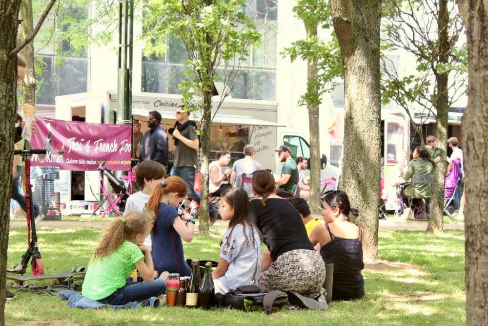 Brussels foodtruck festival sfeer